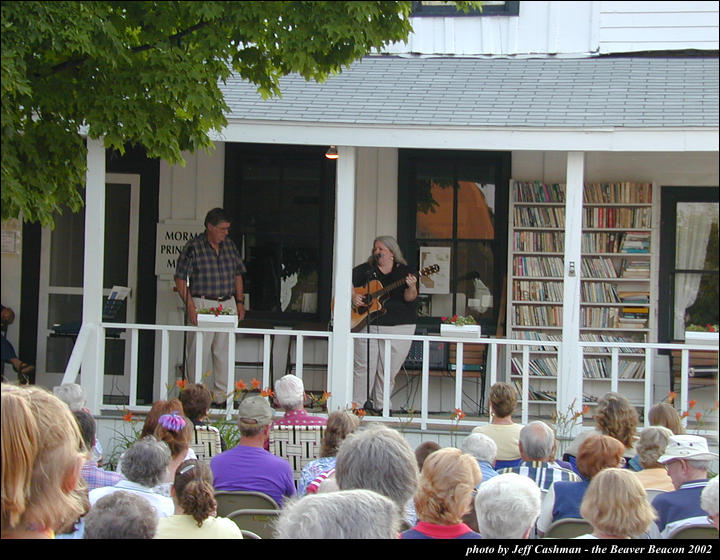 2music-on-the-porch-2002-25