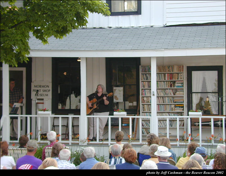 2music-on-the-porch-2002-27