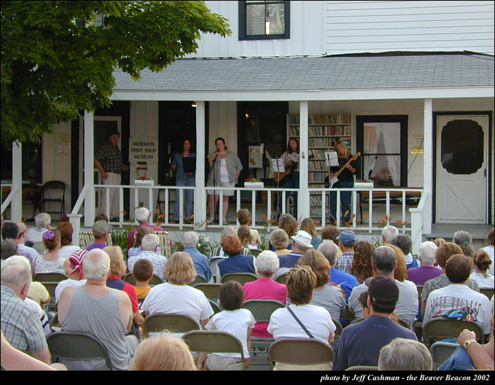 2music-on-the-porch-2002-40