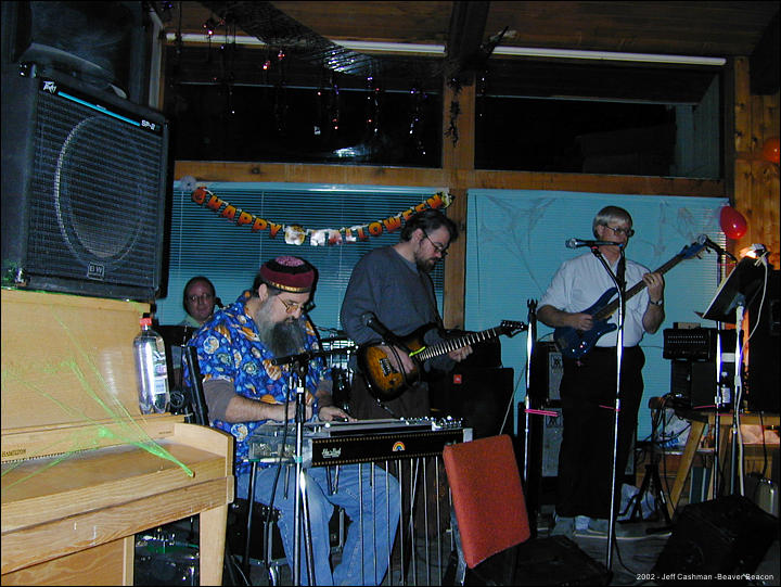 2CMU_Closing_Party_2002_Beaver_Beacon_Beaver_Island_1616