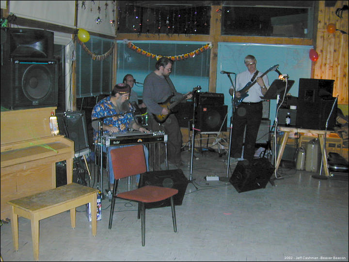 2CMU_Closing_Party_2002_Beaver_Beacon_Beaver_Island_1620