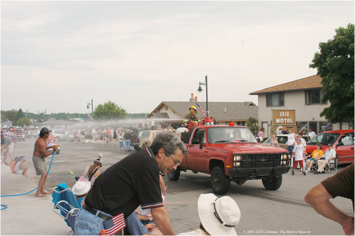 2Beaver_Beacon_Beaver_Island_4th_of_July_2003_JC_5888