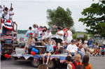 2Beaver_Beacon_Beaver_Island_4th_of_July_2003_JC_5834.jpg