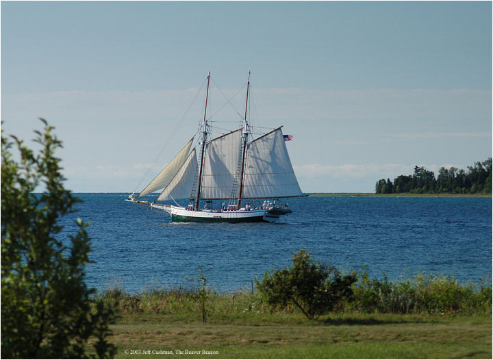 2Madeline-Beaver-Beacon-Sailing-by-Whiskey-Point-