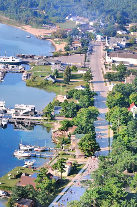Beaver-Beacon-News-Beaver-Island-Marathon-JJC_5201