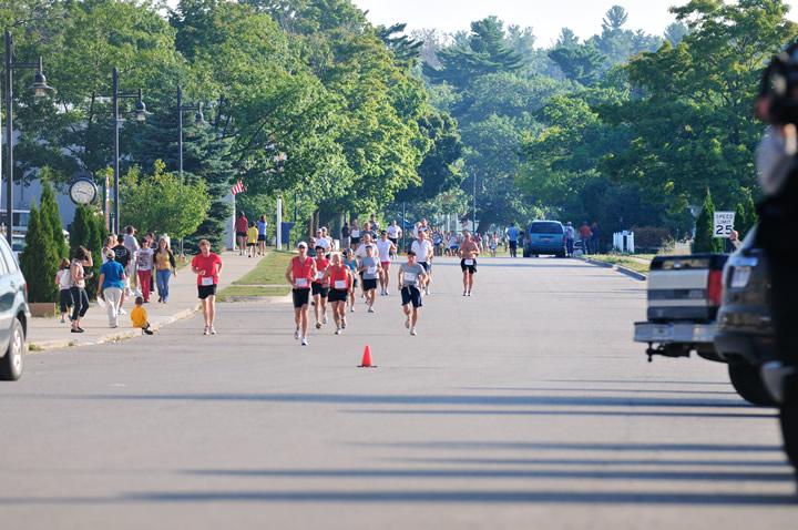 Beaver-Beacon-News-Beaver-Island-Marathon-JJC_5263