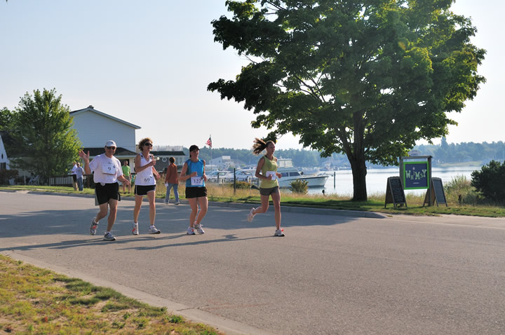 Beaver-Beacon-News-Beaver-Island-Marathon-JJC_5442