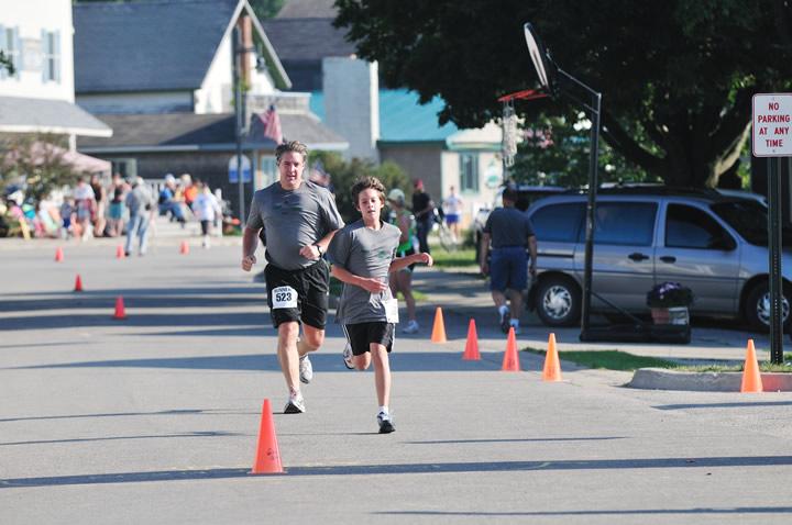 Beaver-Beacon-News-Beaver-Island-Marathon-JJC_5514