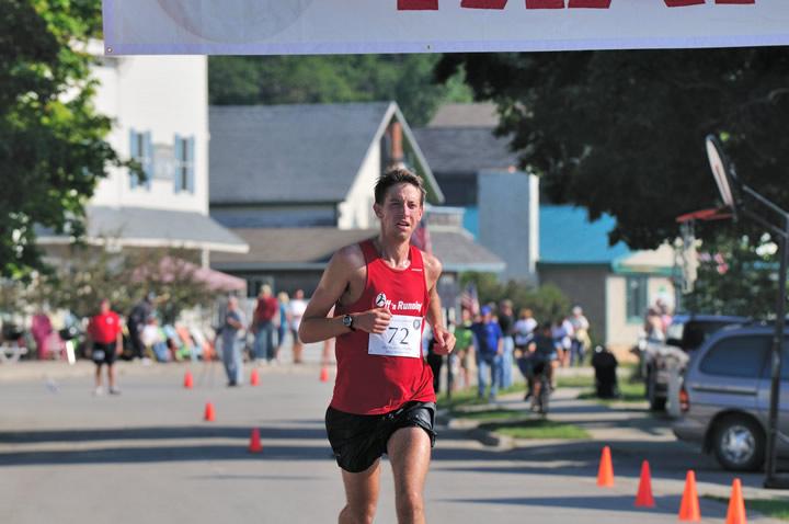 Beaver-Beacon-News-Beaver-Island-Marathon-JJC_5568