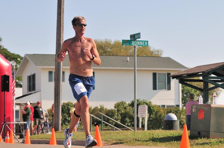 Beaver-Beacon-News-Beaver-Island-Marathon-JJC_5752