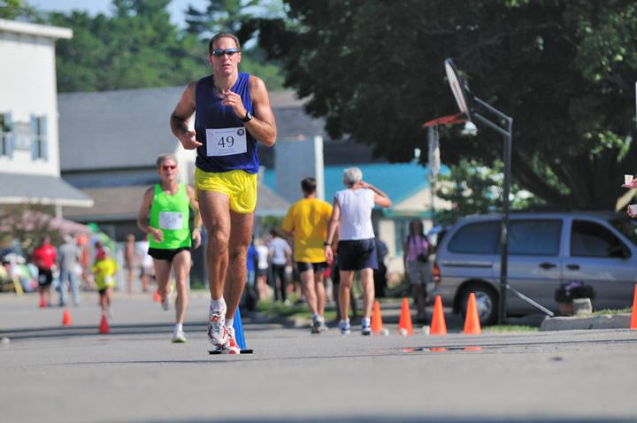 Beaver-Beacon-News-Beaver-Island-Marathon-JJC_5798