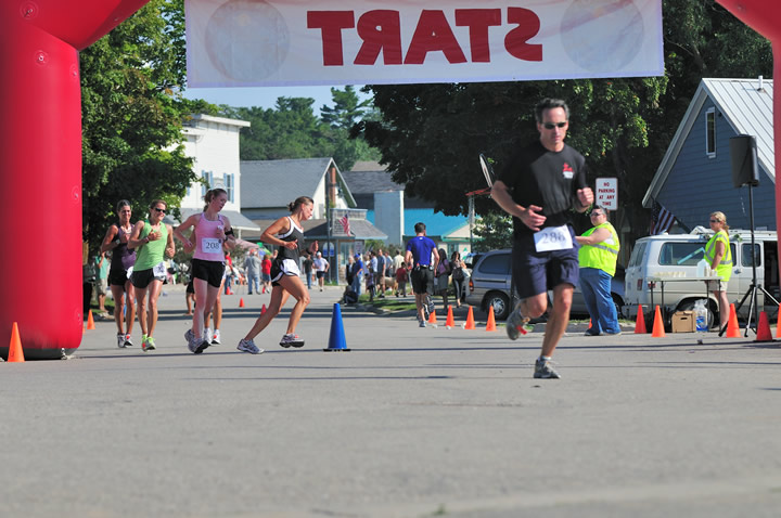 Beaver-Beacon-News-Beaver-Island-Marathon-JJC_5835