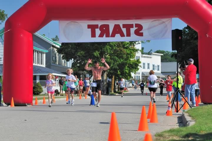 Beaver-Beacon-News-Beaver-Island-Marathon-JJC_6051