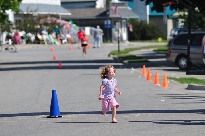 Beaver-Beacon-News-Beaver-Island-Marathon-JJC_6274